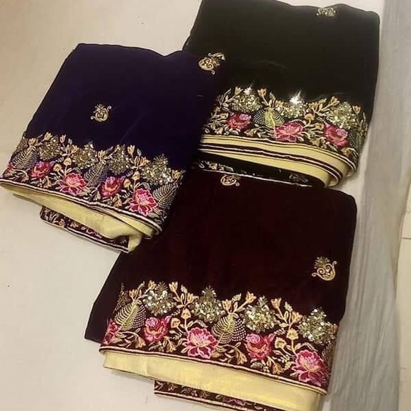 Velvet shawls